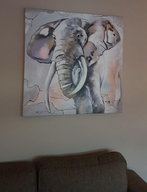 Helemaal blij met mijn schilderij van deze prachtige olifant